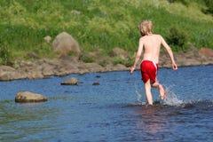 брызгать воду Стоковые Изображения