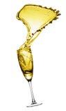 Брызгать шампанское из изолированного стекла, на белой предпосылке Стоковая Фотография