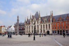Брюгге, Бельгия, ратуша Квадрат Grote Markt Стоковые Фото