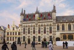 Брюгге, Бельгия, ратуша Квадрат Grote Markt Стоковая Фотография RF