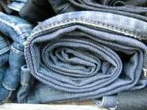 Брюки джинсов закрывают вверх стоковое фото