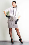брюнет одевая шикарная милую Стоковая Фотография
