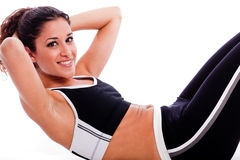 брюшко делая женщину тренировки Стоковое Изображение