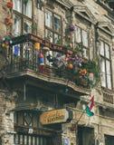 БУДАПЕШТ, ВЕНГРИЯ - 26-ОЕ МАРТА 2017: балкон в здании Стоковая Фотография RF