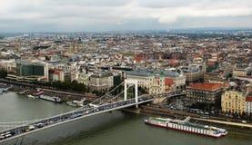 Будапешт, Венгрия - панорама венгерской столицы расположенной на Дунае стоковые фото