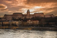 Будапешт - замок Buda светя Стоковая Фотография