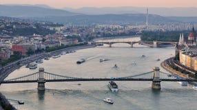 Будапешт к ноча Стоковая Фотография RF