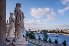 Будапешт столица Венгрии пересекла Дунаем стоковые изображения rf