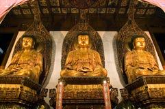 Будда внутри виска shanghai нефрита Стоковая Фотография