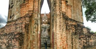 Будда в виске приятеля Sri стоковые фотографии rf