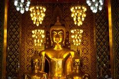 Будда золотистый Стоковое Изображение
