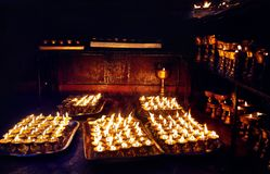 Буддийская лампа в виске Стоковое Изображение