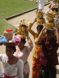Буддийская церемония в виске в Бали стоковая фотография