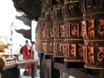 буддийские медные колеса молитвам Стоковая Фотография