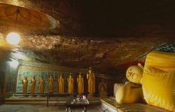 Буддийский камень monastry Mulkirigala в городе Галле в Sou стоковое изображение