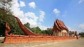 Буддийский скит на красном корабле Suphannahong Стоковое фото RF