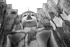 Буддийское состояние с квадратным толем в Sukhothai, Таиланде Стоковые Изображения RF