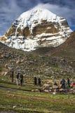 Буддисты Kora Mt Kailash, паломник Kang Rinpoche тибетских людей Тибет стоковая фотография rf