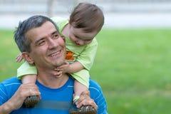 будьте отцом его маленького сынка стоковые изображения rf