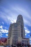 Буйвол, Нью-Йорк Hall с пасмурным голубым небом в предпосылке Стоковое Изображение RF