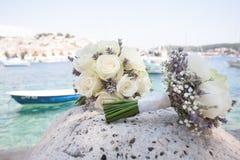 2 букета цветка и шлюпка Стоковое Фото