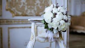 Букет красивой свадьбы красочный для невесты сток-видео