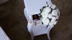 Букет красивой свадьбы красочный для невесты видеоматериал