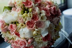 Букет невесты в пинке Wedding floristry Стоковое фото RF