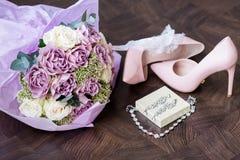букет обувает венчание Стоковая Фотография RF