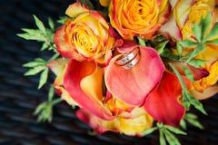 Букет оранжевых роз и коал Стоковая Фотография RF