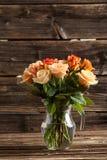 Букет померанцовых роз Стоковые Изображения RF