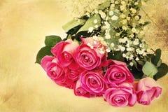 Букет предпосылки розовых роз флористической фокус нежности влюбленности винтажный ретро селективный мягкий Стоковое фото RF