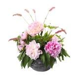 Букет розовых пионов и щавеля в вазе Стоковые Изображения RF