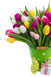 Букет розовых, фиолетовых и белых тюльпанов Стоковые Фото