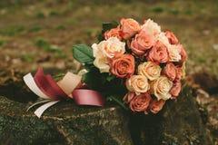 Букет роз свадьбы весны Стоковые Изображения