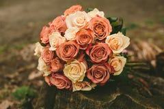 Букет роз свадьбы весны Стоковая Фотография