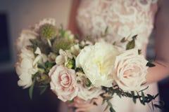 Букет свадьбы белых роз пиона и кофе Серии растительности Стоковые Изображения