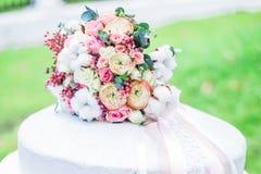 Букет свадьбы снаружи Стоковое фото RF