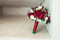 Букет свадьбы в каменной нише Стоковые Изображения