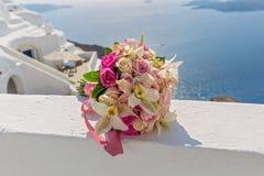 Букет свадьбы на предпосылке моря Стоковое Изображение