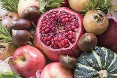 Букет свежих фруктов и овощей Стоковое Фото