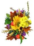 Букет солнцецветов и цветков gerbera изолированных на задней части белизны стоковое фото rf