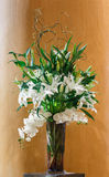Букет цветка в стеклянной вазе Стоковое Фото