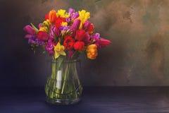 Букет ярких цветков весны Стоковое Фото