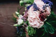 Букет Tenderless в зеленых и розовых и голубых цветах Стоковое Изображение RF