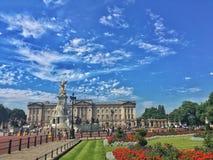 Букингемский дворец в Лондоне, Великобритании стоковое фото