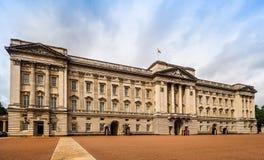 Букингемский дворец в Лондоне (hdr) Стоковые Фотографии RF