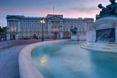 Букингемский дворец стоковые изображения rf