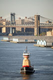Буксир в Нью-Йорке стоковая фотография rf