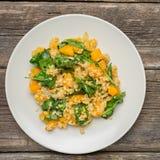 Булгур с едой диеты здорового домодельного органического vegan овощей вегетарианской стоковая фотография